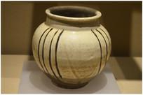 金代白釉铁花罐
