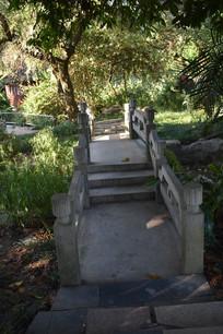 公园景观混凝土桥梁小径