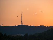 黄昏的惠州电视塔