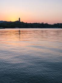 惠州西湖的黄昏景色