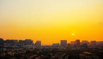 黄昏城市风光夕阳落山太阳半晚