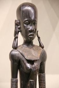 非洲木雕光头长耳少女