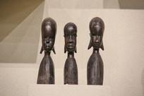 非洲木雕三少女头像