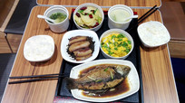 丰盛的中国餐桌