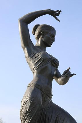 铜铜雕跳舞的女孩