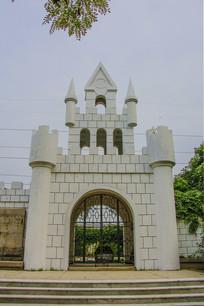 游乐园城堡式的门楼