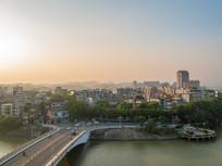 黄昏的东新桥及城市景观