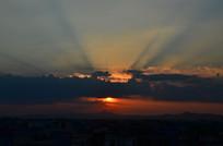 日出光芒风光