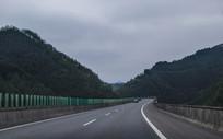 穿山高速路