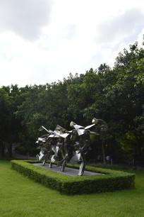 迈步向前的农民不锈钢雕塑