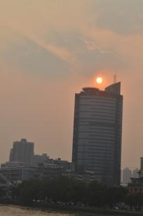 日落高楼风光图片