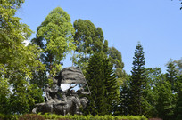 雕塑园壮丽诗篇铜雕