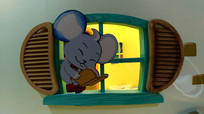 儿童游乐场卡通窗户