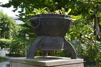 古代炼丹炉雕塑