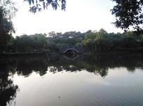 湖边小桥风景