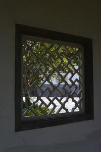 镂空雕花窗棂窗格