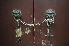 铜狮子门扣一对