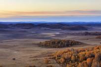 北沟乌兰布统秋季的清晨
