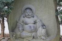 六和塔弥勒佛像近景