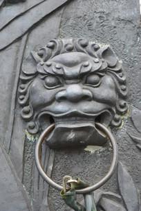 铜雕狮子头门环