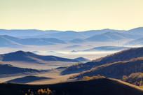 乌兰布统北沟清晨的远山