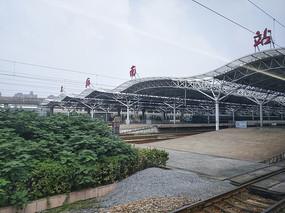上海南站进站