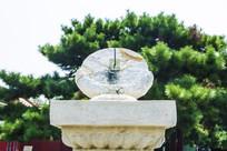 沈阳故宫乾隆十年日晷顶部