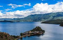 壮丽的泸沽湖