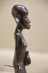 非洲木雕长耳少女