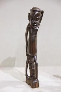 非洲木雕老人