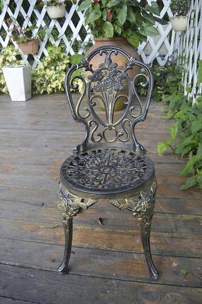 公园镂空雕花铁艺椅子