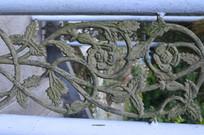 镂空雕花铁艺护栏