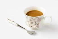 一杯咖啡在白色背景上