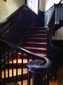 别墅转弯楼梯扶手
