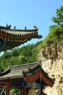 山上寺庙建筑部分景观