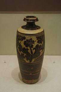 西夏文物褐釉剔刻菊花纹经瓶