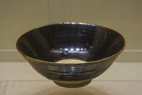 西夏文物褐釉碗