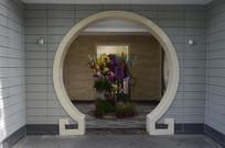 白云山公园厕所建筑门口
