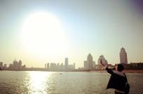 面向太阳的少年