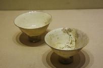 西夏文物白瓷高足碗