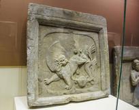 西夏文物狮戏珠纹砖