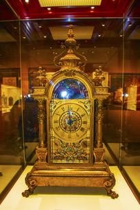 法国制造清铜镀金鸟音座钟