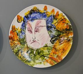 古代人物彩色画瓷盘
