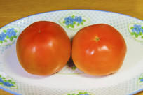 两个西红柿