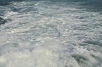 轮船上的海浪
