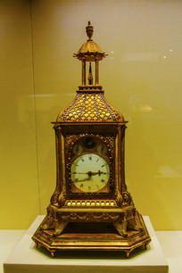 英国造清鎏金塔式钟
