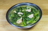 一盆肉片波菜汤