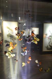 越南刺绣群蝶飞舞