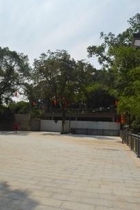 白云山郑仙岩景区广场景观