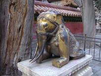 北京故宫鎏金象